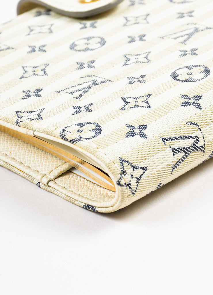 "Louis Vuitton Beige, Cream, and Navy Monogram ""Croisette Mini Lin Small Agenda"" Cover Detail"