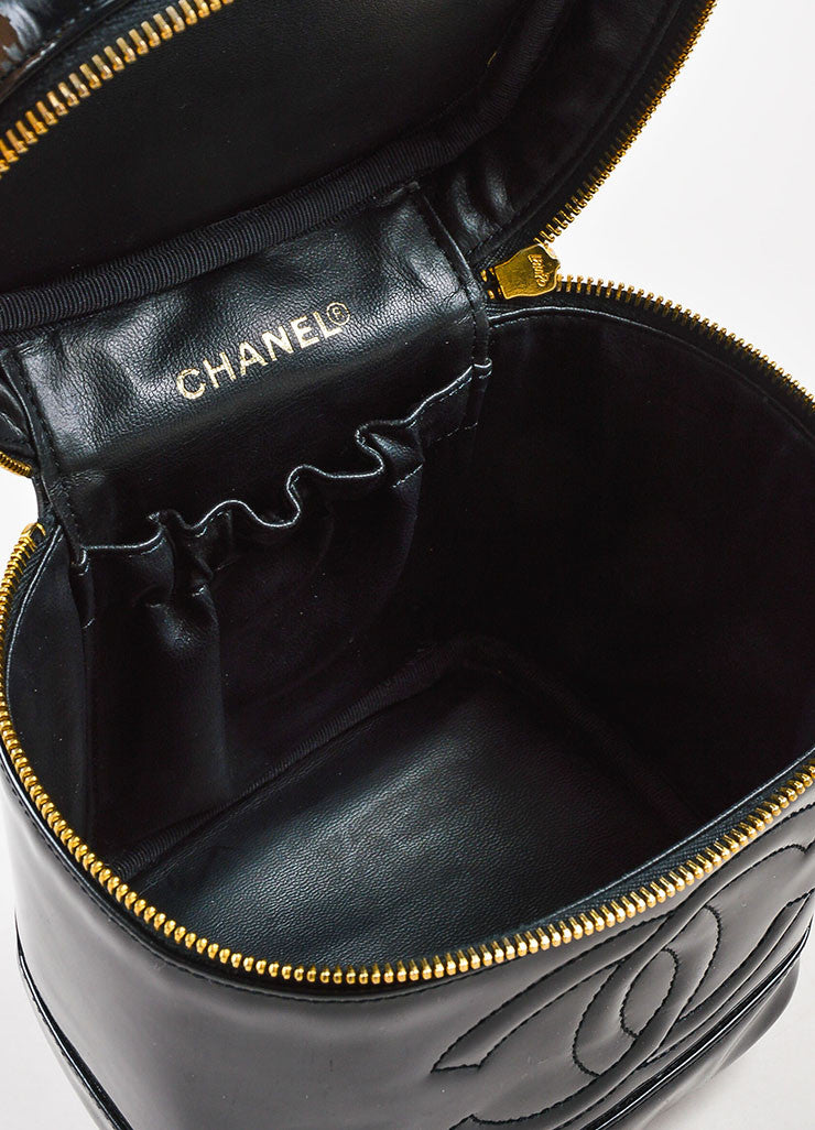 Chanel Black Patent Leather 'CC' Logo Zip Around Cosmetic Vanity Case Bag Interior