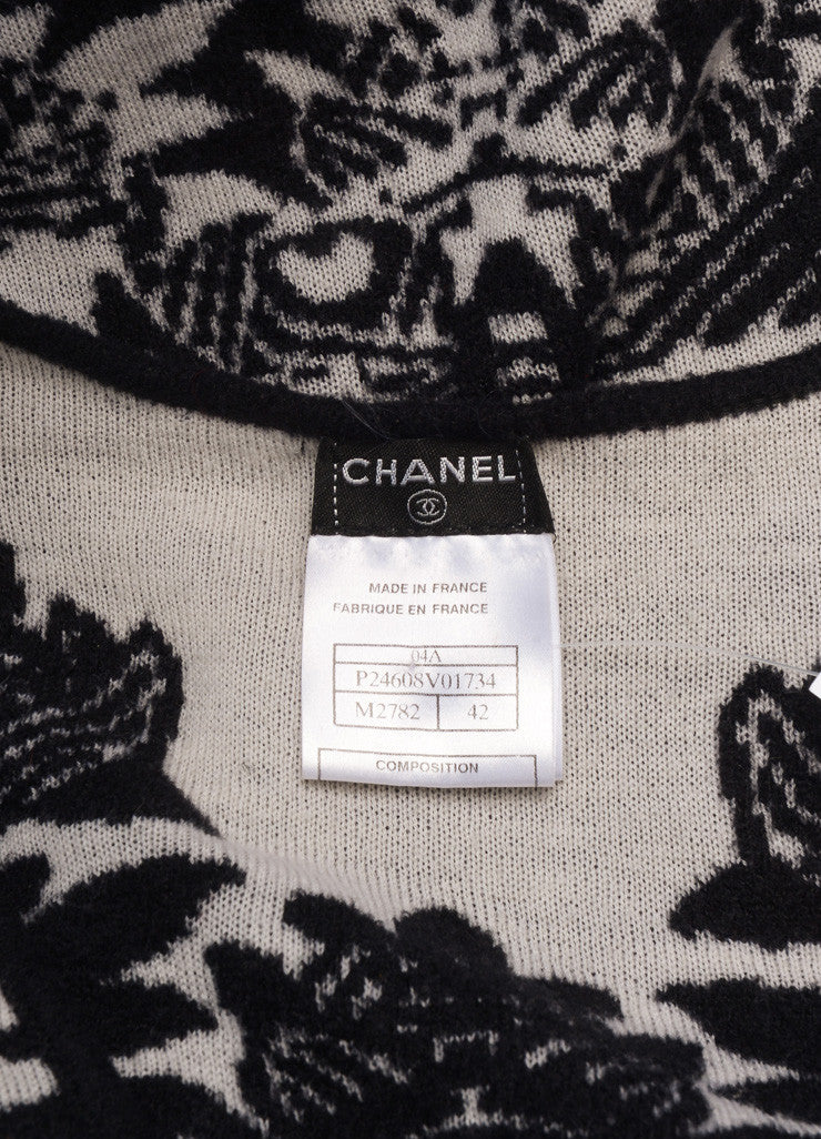 Chanel Black and White Wool Blend Floral Knit Cap Sleeve Sweater Brand