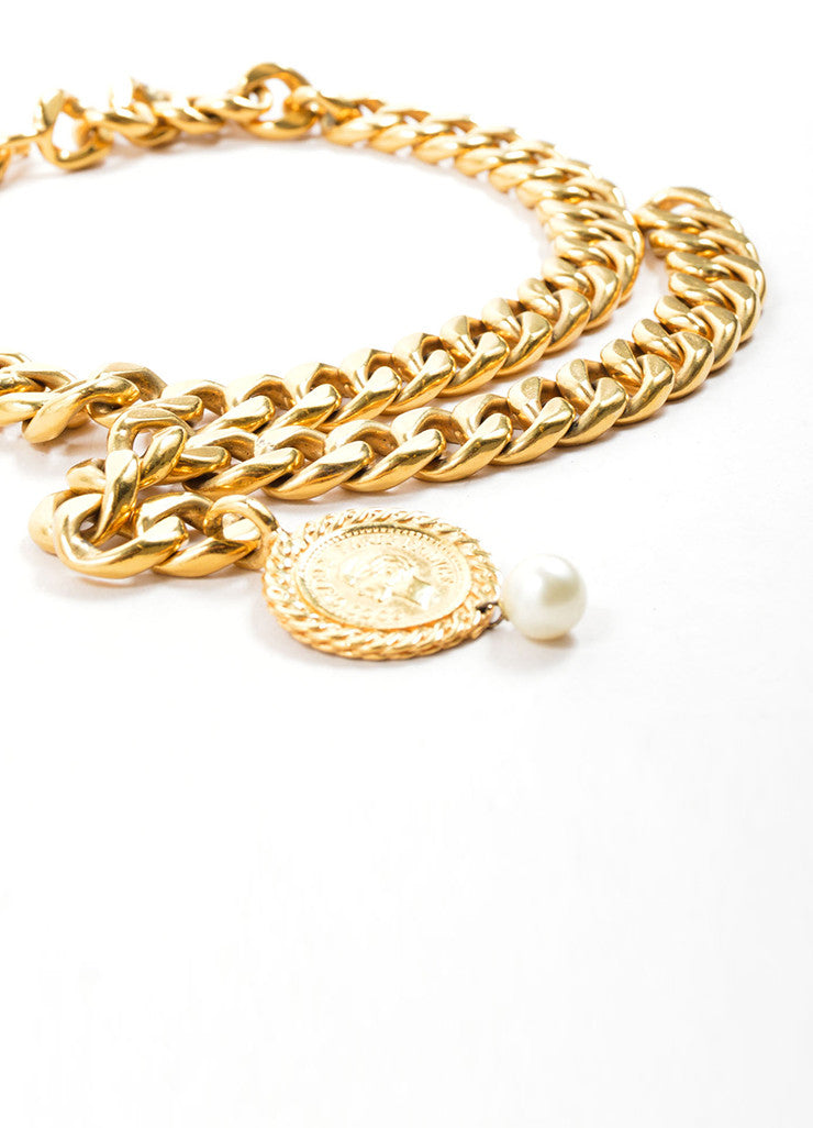 Chanel Gold Toned Draped Curb Chain Faux Pearl Choker Necklace Detail