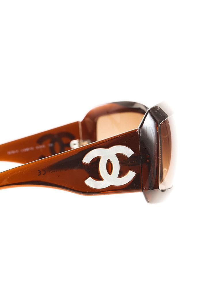 "Chanel Tortoise and White Plastic and Mother of Pearl ""CC"" Logo ""5076H"" Sunglasses Detail"