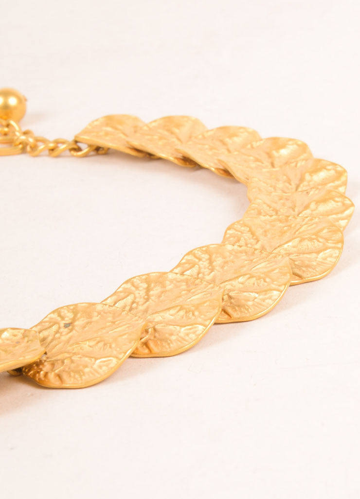 Kenneth Jay Lane Gold Toned Leaf Link Necklace Detail 2