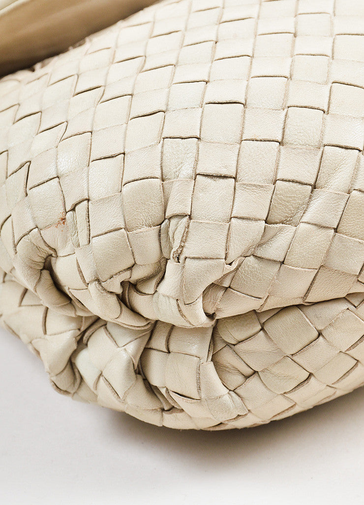 Bottega Veneta Beige Leather Intrecciato Woven Crossbody Shoulder Bag Detail
