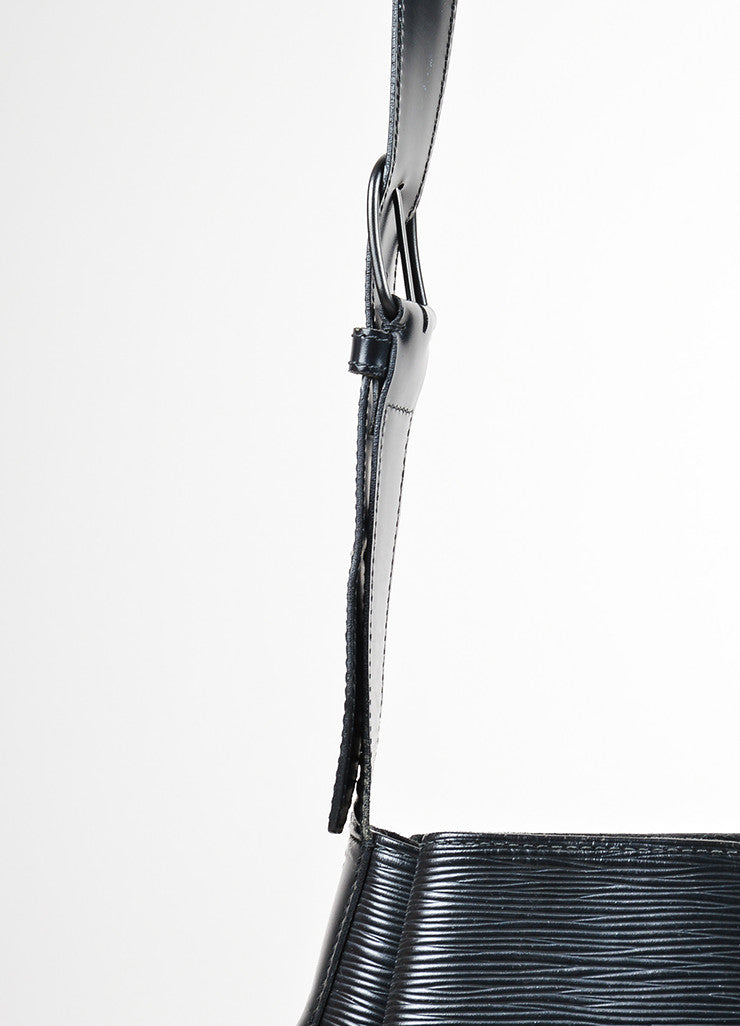 "Black Louis Vuitton Epi Leather Crossbody ""Sac D'Epaule"" Bucket Bag Detail 2"