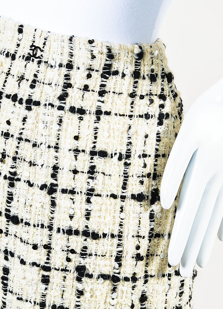 Chanel  Cream Black Check Tweed Textured Sequin A-Line Skirt  Detail