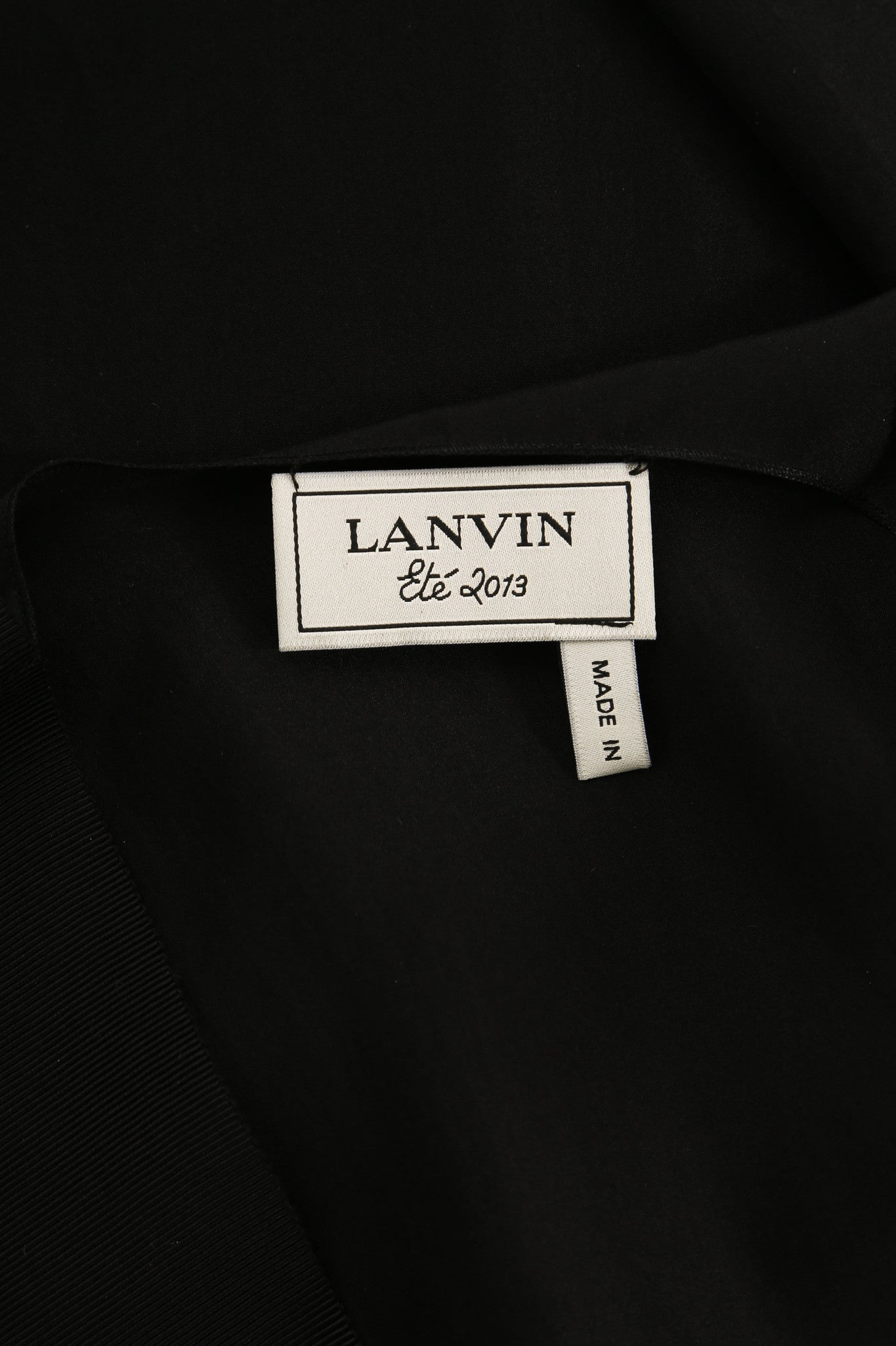 Lanvin Black Silk V-Neck Sleeveless Top Brand