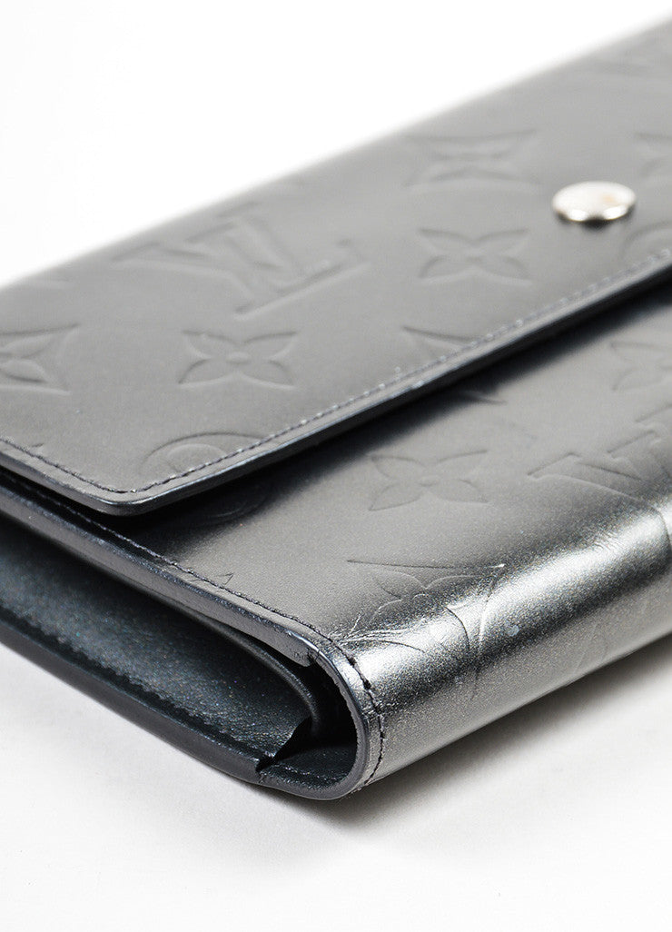 "Grey Louis Vuitton Leather Matte ""LV"" Monogram Tri-fold Wallet Detail"
