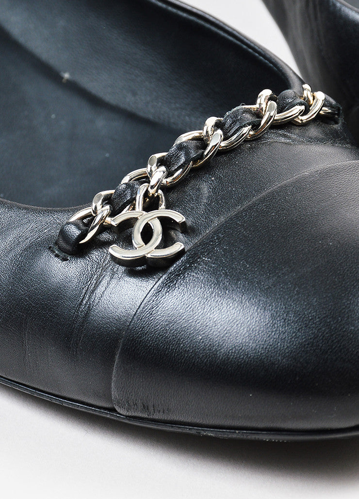 Black Leather Chanel Silver Toned Chain 'CC' Logo Flats Detail