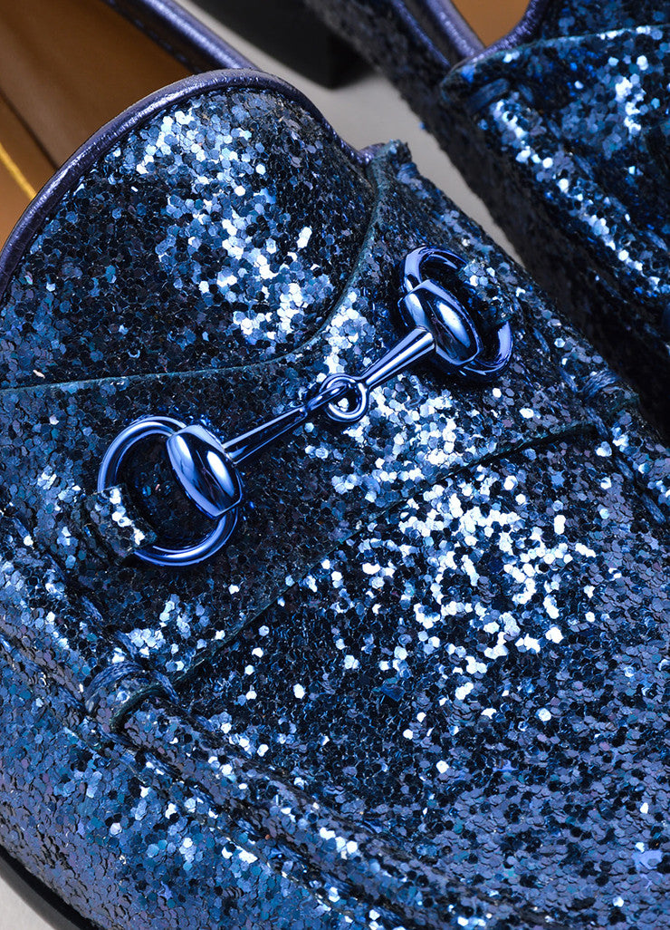 Gucci Navy Blue Glitter Leather Horsebit Buckle Flat Loafers Detail