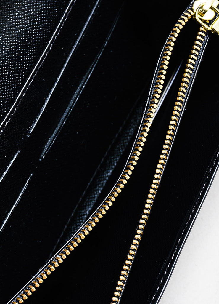 "Black ¥éËLouis Vuitton Textured Leather ""Epi"" Long Snap Wallet Interior"