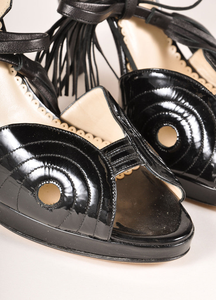 Oscar de la Renta Black Patent Leather Ankle Strap Tassel Platform Sandals Detail