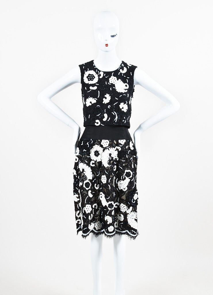 Black and White Oscar de la Renta Floret Sequin Lace Tiered Sleeveless Shift Dress Frontview