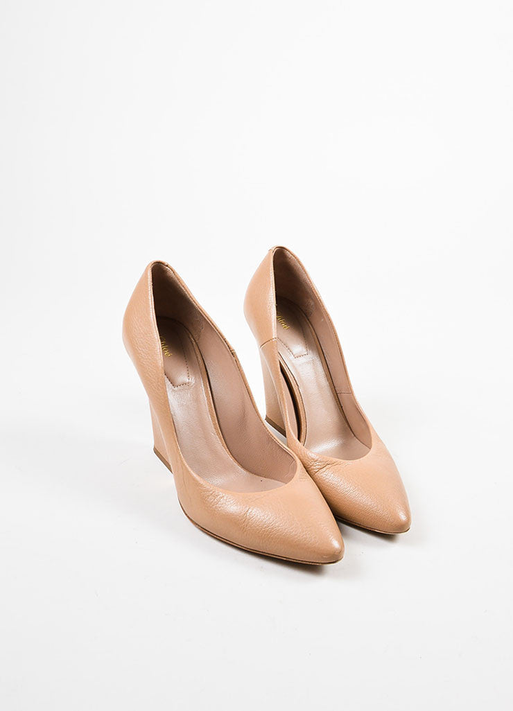 Chloe Nude and Gold Toned Leather Metallic Trim Pointed Toe Chunky Heel Pumps Frontview