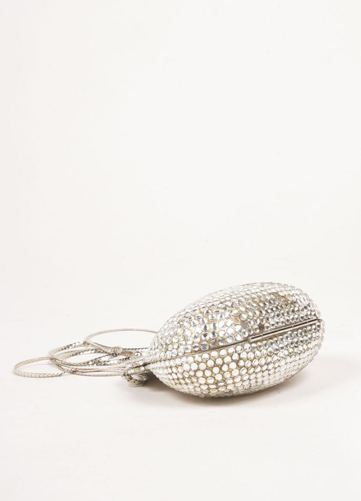 Judith Leiber Silver Toned Metal Rhinestone Embellished Shell Chain Strap Clutch Bag Bottom View