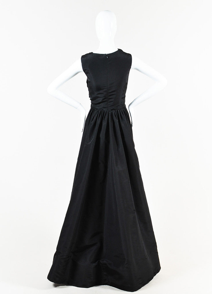Oscar de la Renta Black Silk Pleated Sleeveless Full Length Gown Backview