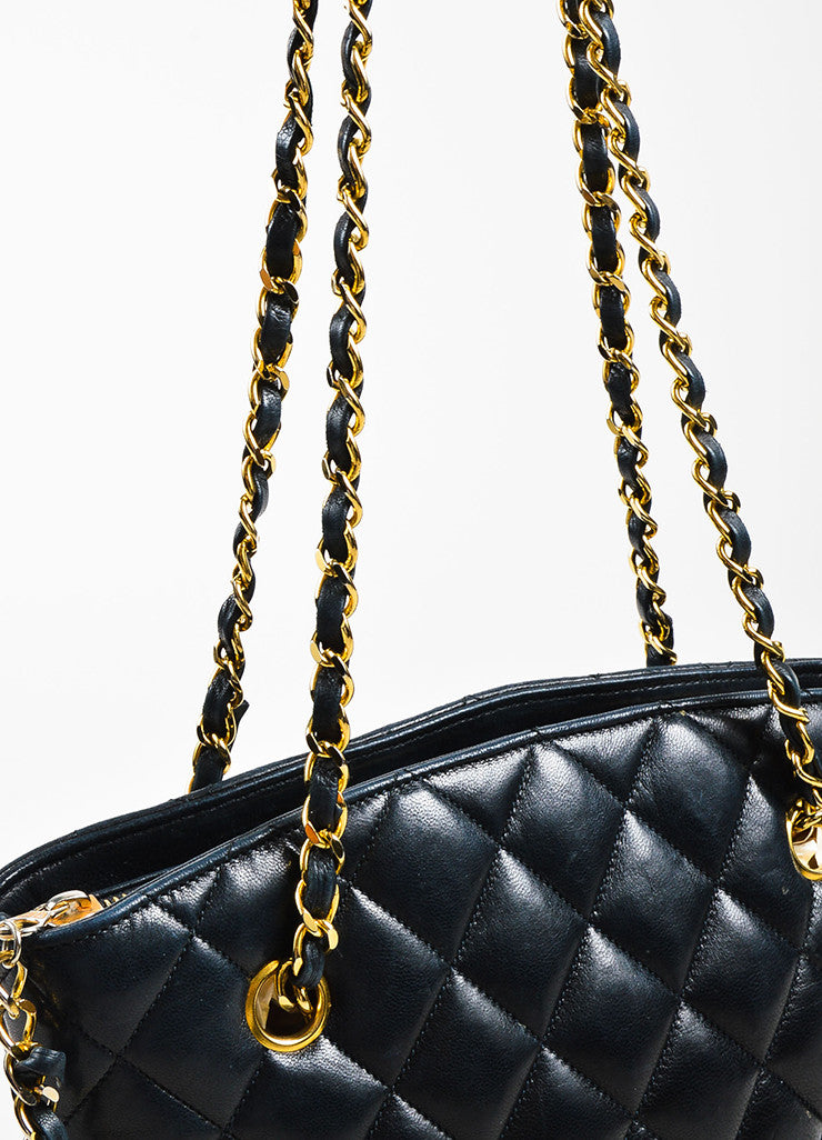 Chanel Black Quilted Lambskin Double Chain Strap Shoulder Bag Detail 2