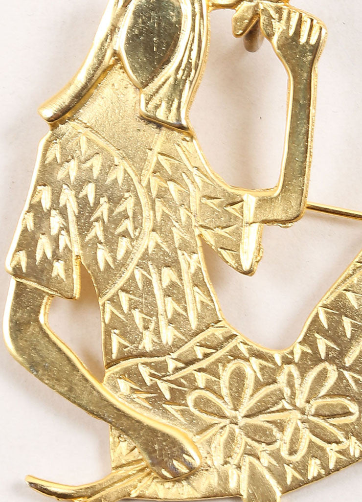 Vintage Gold Toned Woman Shaped Oversized Pendant  Detail