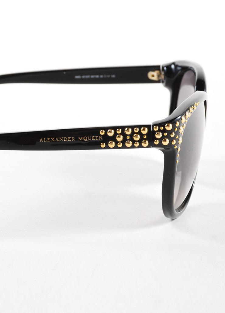 "Alexander McQueen Black and Gold Toned Studded ""AMQ 4212/S"" Sunglasses Detail"
