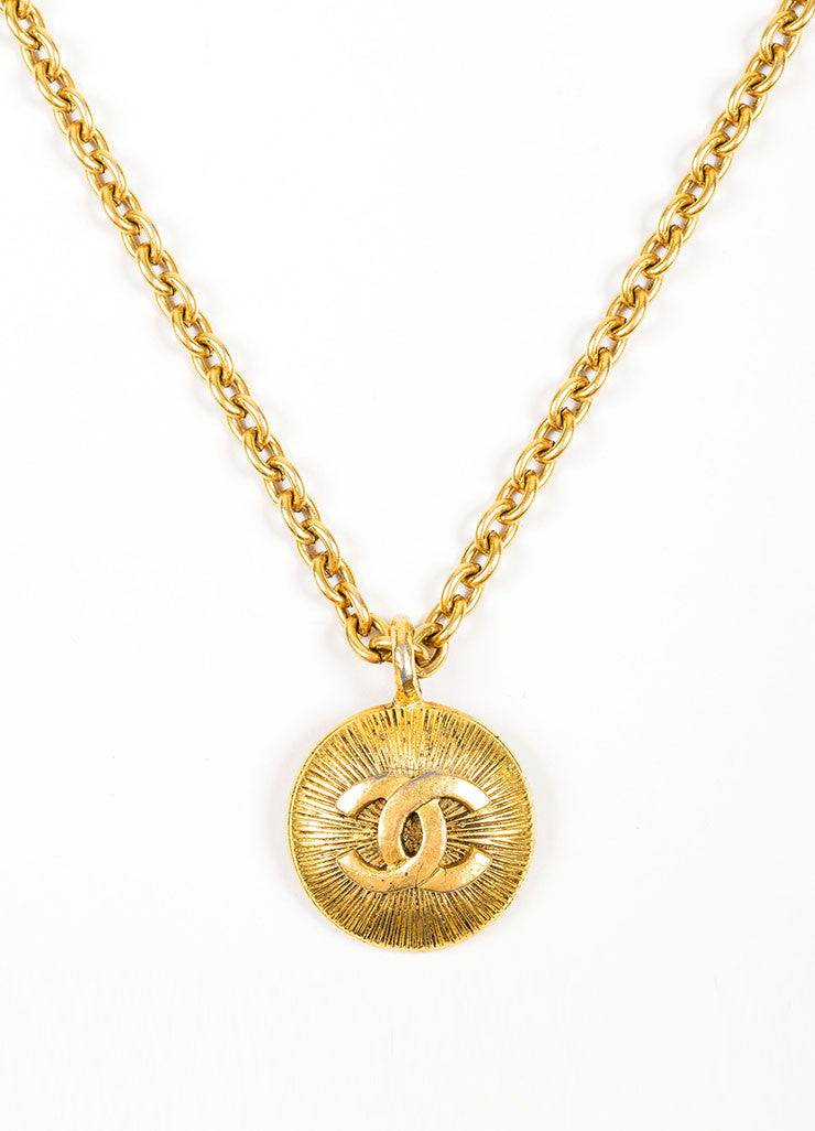 Gold Toned Chanel 'CC' Logo Circle Pendant Chain Necklace Detail