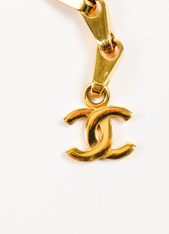 Chanel Gold Toned 'CC' Logo Charm Chain Link Hook Belt Detail
