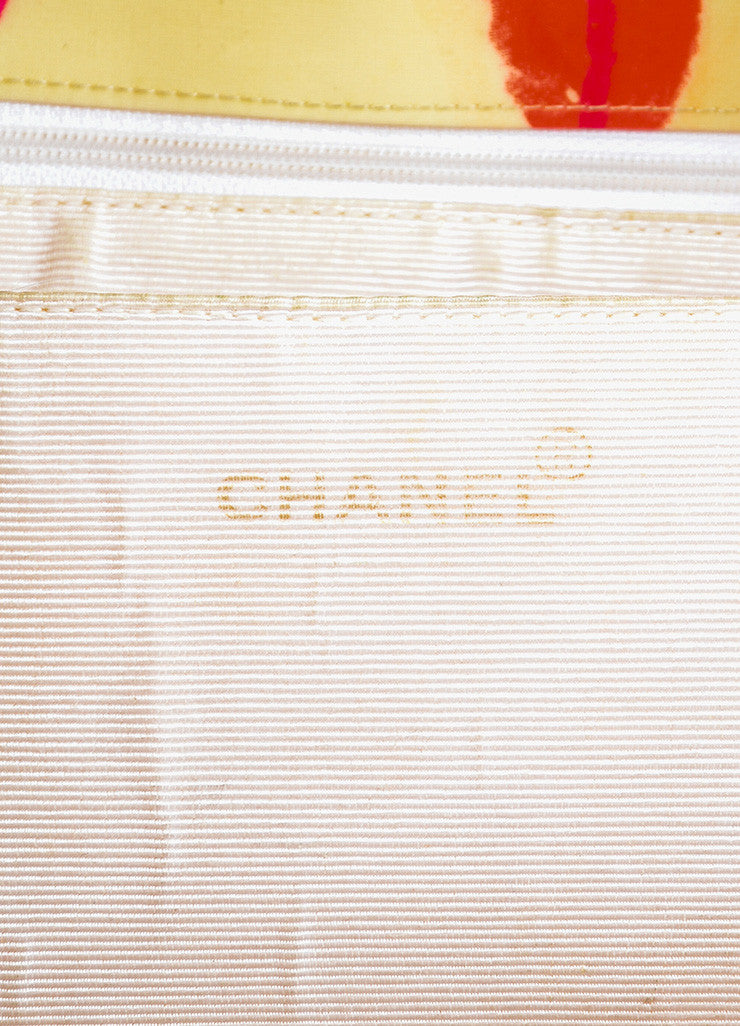 Chanel Cream Quilted Lip Print 'CC' Stitched Gold Hardware Chain Bag Brand