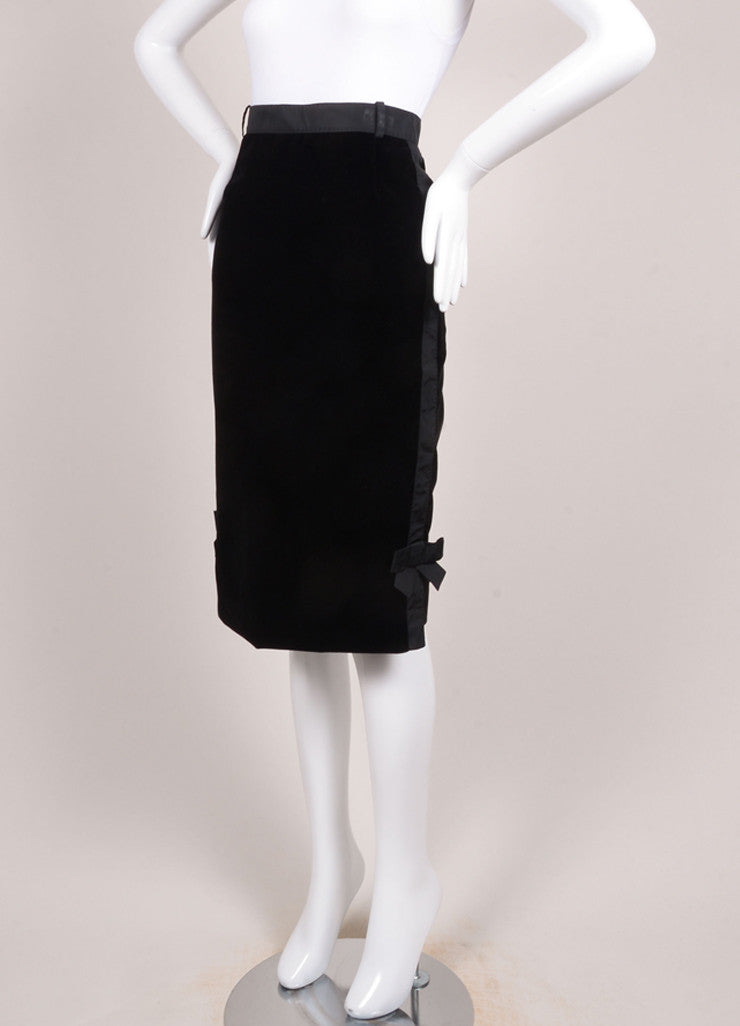 Louis Vuitton Black Velvet Bow Ribbon Trim Pencil Skirt Sideview