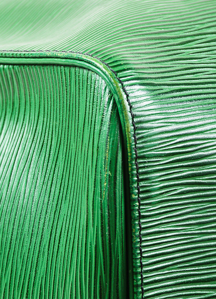 "Louis Vuitton Borneo Green Epi Leather ""Keepall 55"" Travel Duffel Bag Detail"