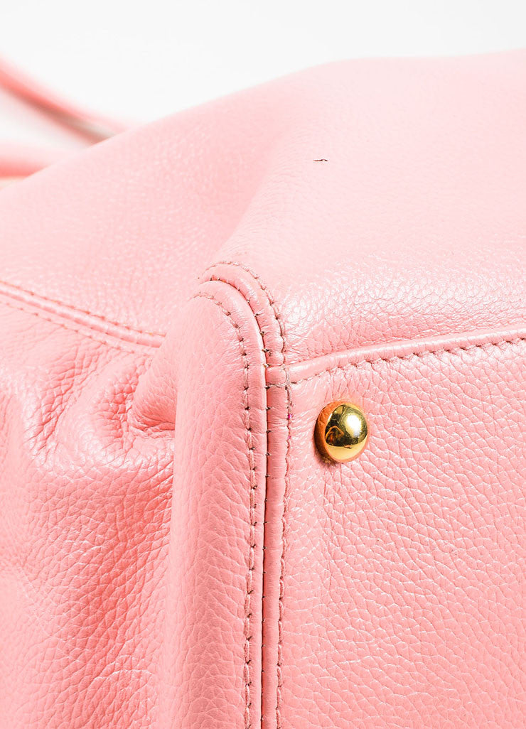 "Chanel Pink and Gold Toned Pebbled Leather 'CC' Turnlock ""Cerf"" Tote Bag Detail"