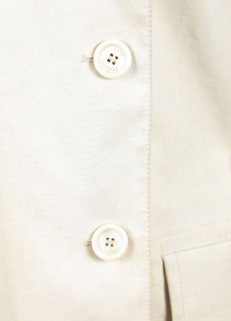 Louis Vuitton Cream Double Breasted Short Cotton Trench Coat Detail