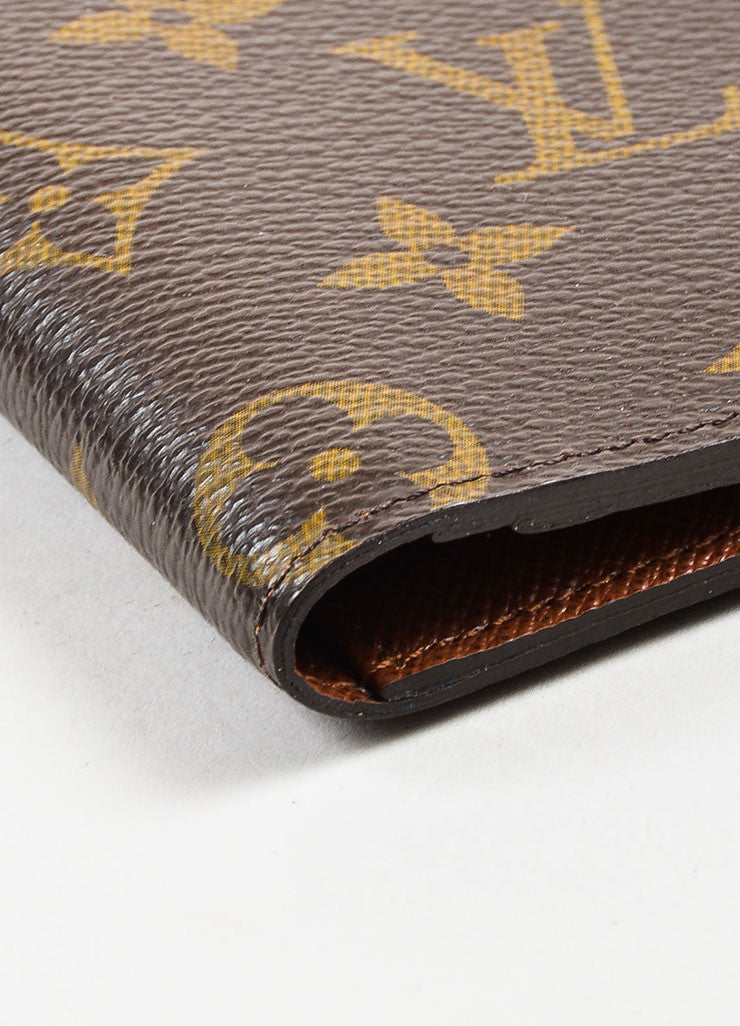 "Louis Vuitton Monogram Canvas ""Porte Valeurs Organiser"" Wallet Detail"