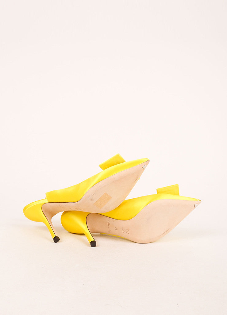 Louis Vuitton Yellow Satin Floral Print Slingback Heels Outsoles