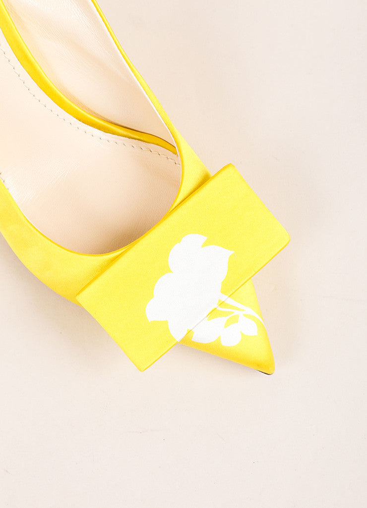 Louis Vuitton Yellow Satin Floral Print Slingback Heels Detail