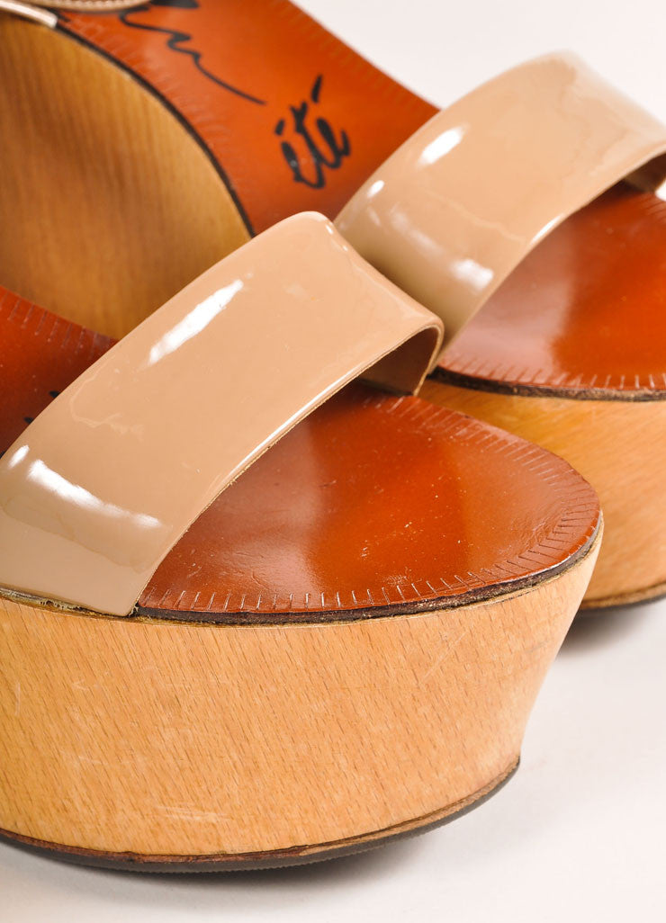 Lanvin Beige Patent Leather Wooden Platform Wedge Sandals Detail
