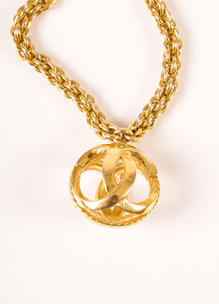 "Chanel Gold Toned ""CC"" Logo Sphere Pendant Chunky Chain Necklace Detail"