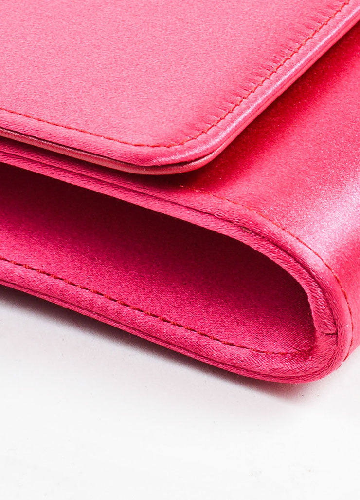 "Gucci Pink Satin Jewel Closure ""Broadway"" Evening Clutch Bag Detail"