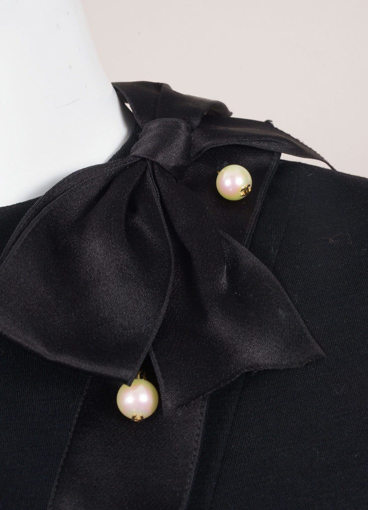 Chanel Black Wool and Silk Faux Pearl Embellished Bow Long Sleeve Shift Dress Detail
