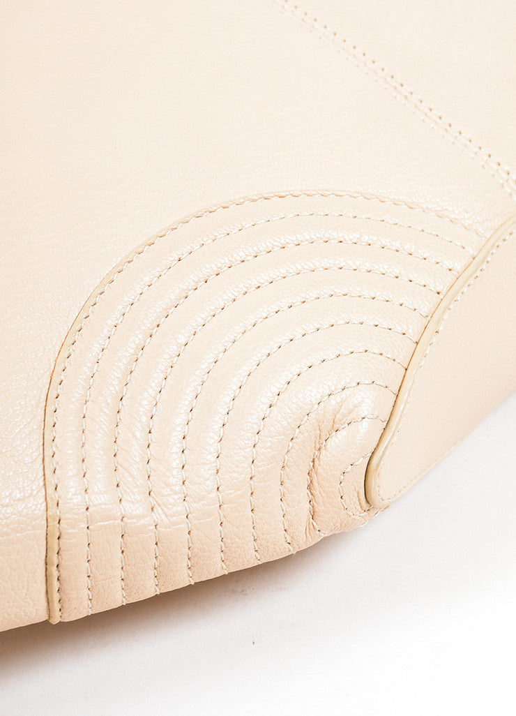 "Alexander McQueen Beige and Gold Toned Leather ""De Manta"" Zip Clutch Bag Detail"