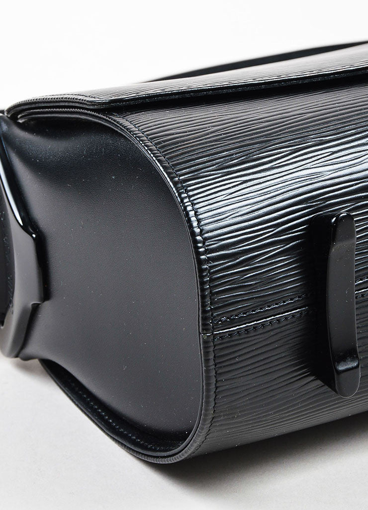 "Louis Vuitton Black Epi Leather East West ""Nocturne GM"" Shoulder Bag Detail"