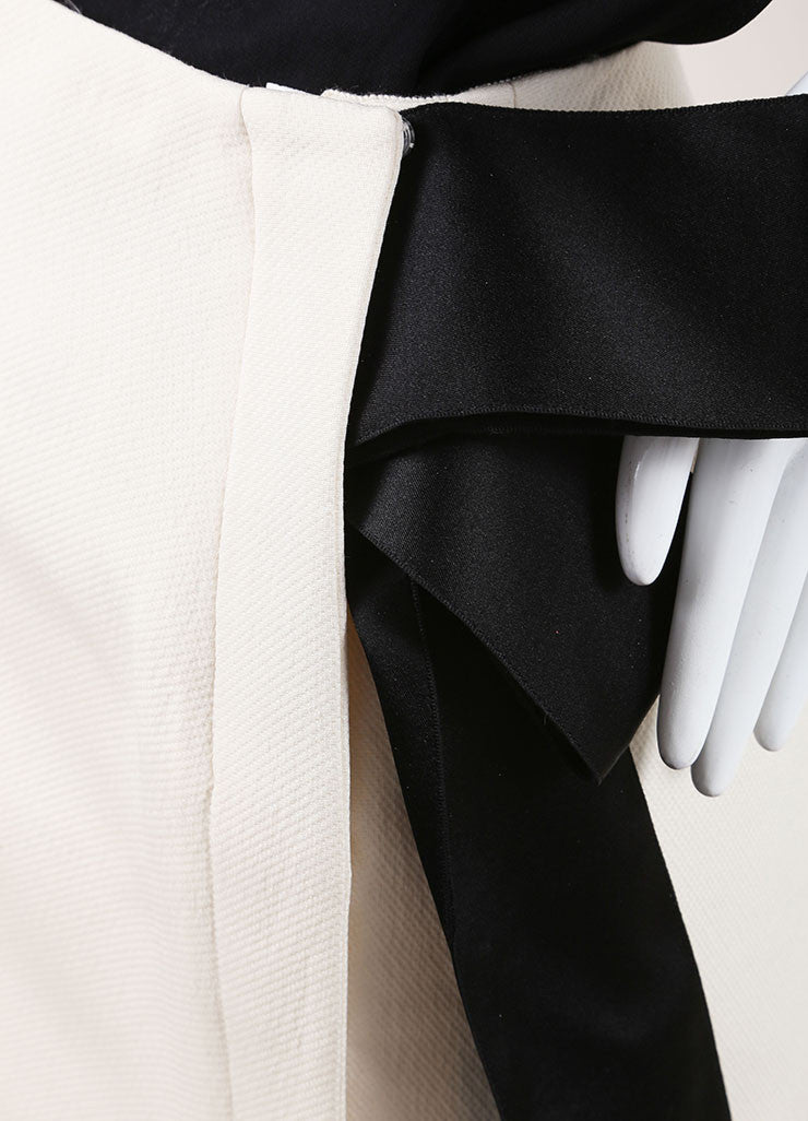 Lanvin Cream and Black Textured Knit Oversized Bow Pencil Skirt Detail
