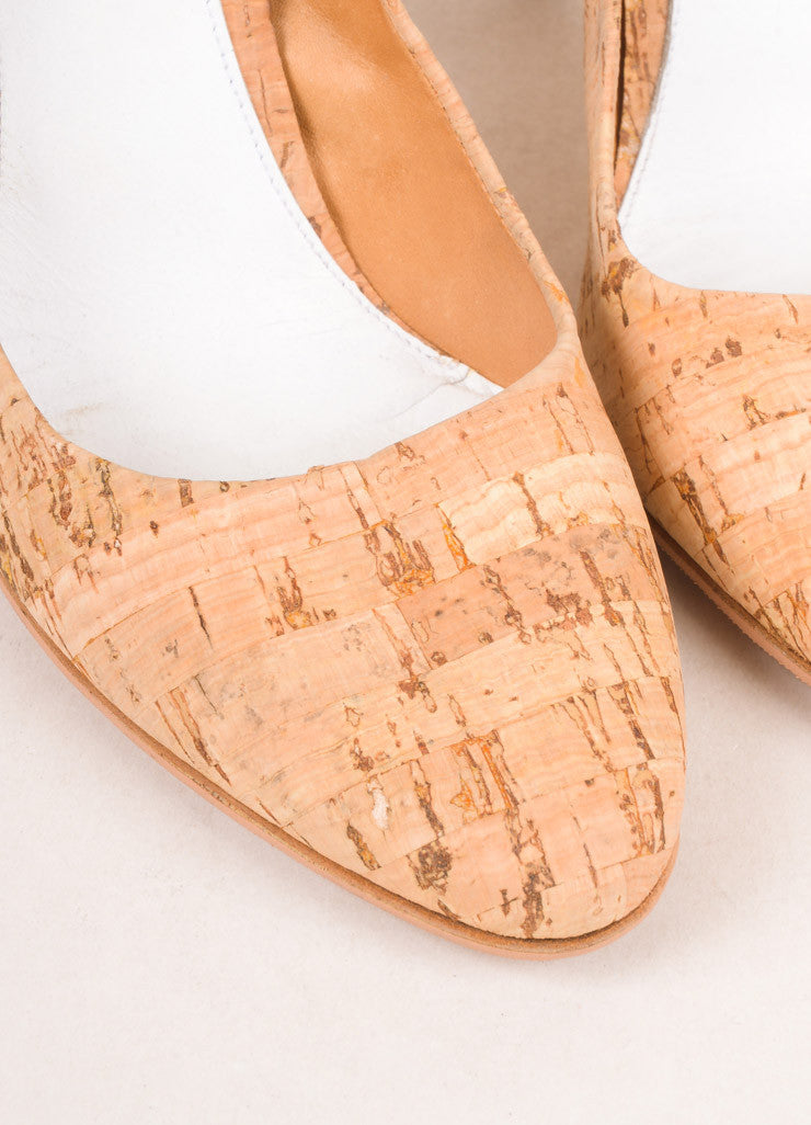 Maison Martin Margiela Tan Cork Closed Toe Pumps Detail