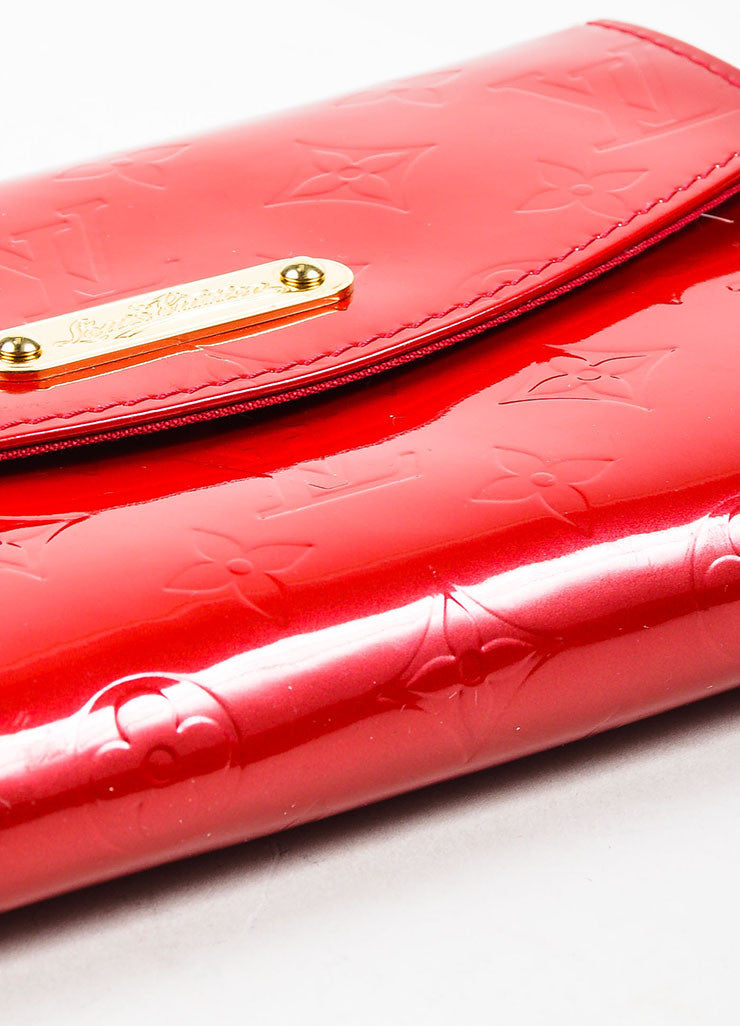 "Louis Vuitton Red Vernis Patent Leather Embossed Monogram ""Bel Air"" Chain Bag Bottom view"