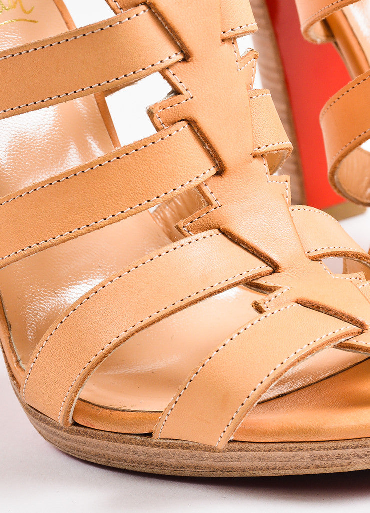Christian Louboutin Beige Leather Platform Neronna Gladiator Sandals Detail