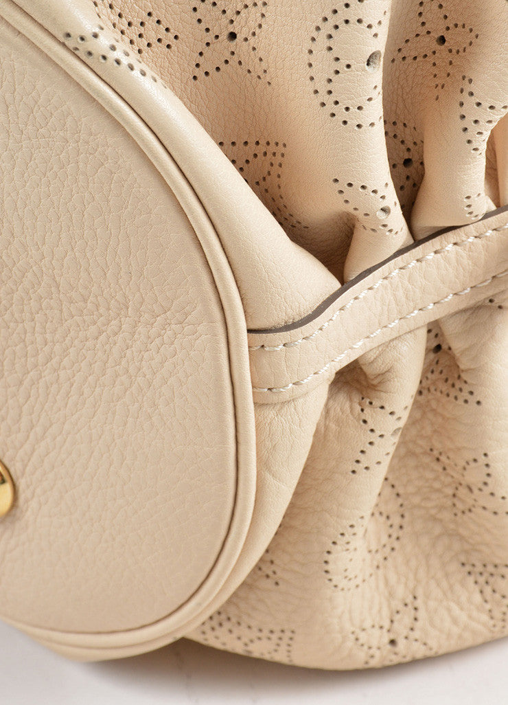 "Louis Vuitton Beige ""Sandy"" Perforated Monogram Leather ""Mahina L"" Shoulder Bag Detail"