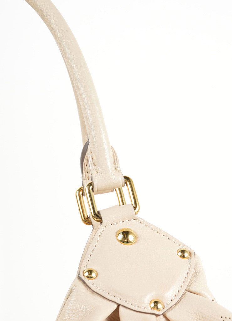 "Louis Vuitton Beige ""Sandy"" Perforated Monogram Leather ""Mahina L"" Shoulder Bag Detail 2"