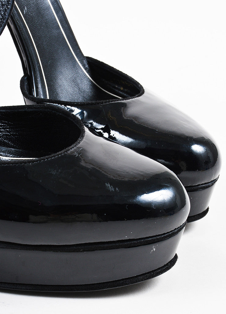 Gucci Black Patent Leather Round Toe Platform Pumps detail