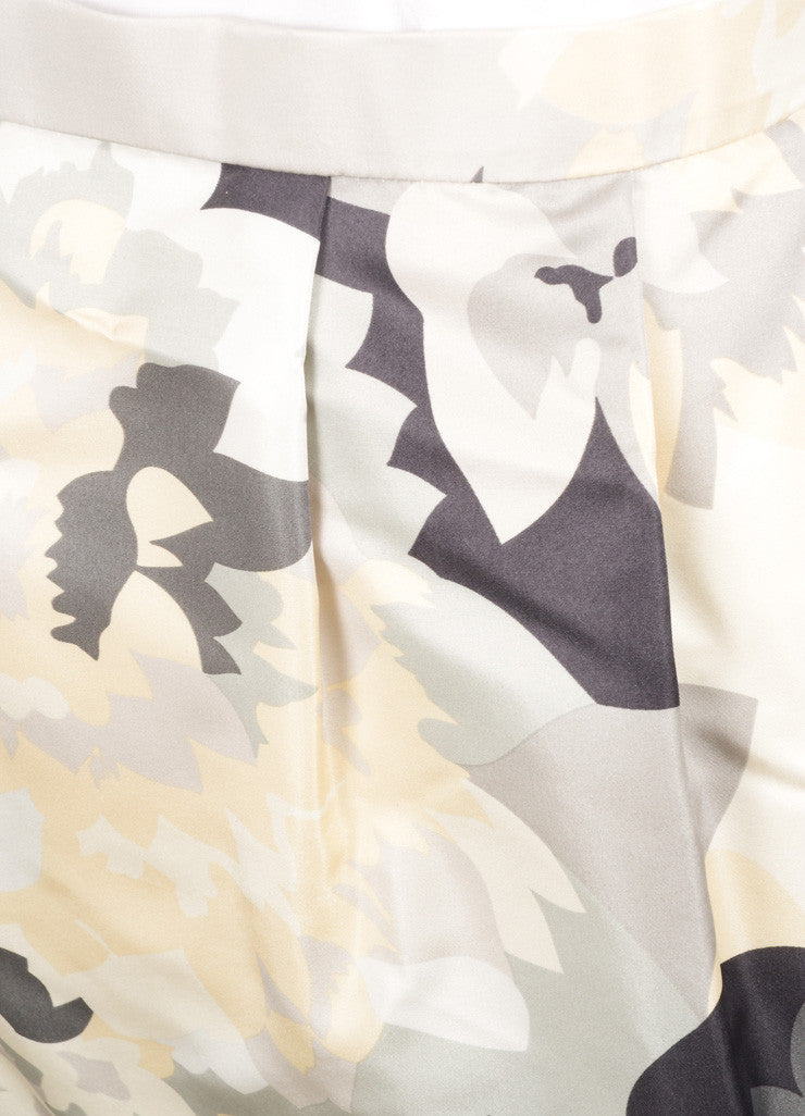 Bill Blass Grey, Cream, and White Floral Print Pencil Skirt Detail
