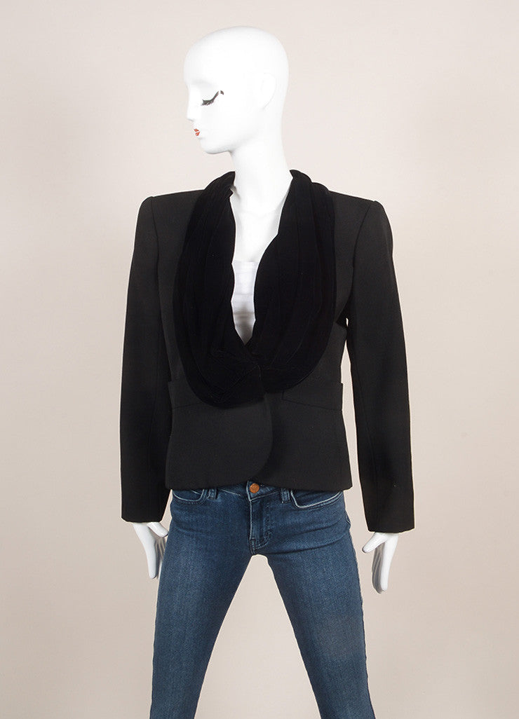 Yves Saint Laurent Black Velvet Collar Long Sleeve Wool Blazer Jacket Frontview