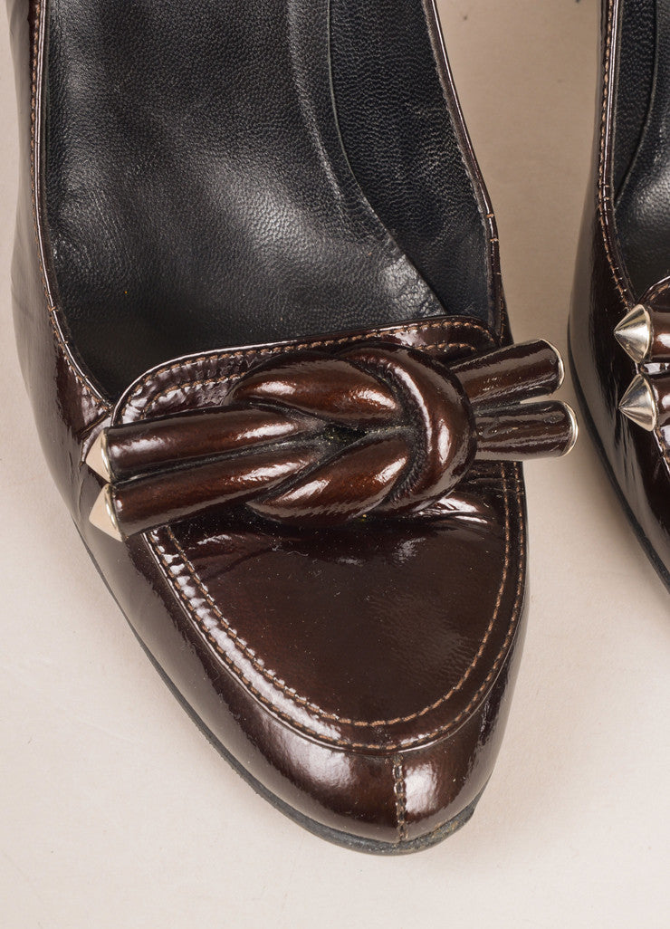 Balenciaga Brown Patent Leather Knotted Loafer Pumps Detail