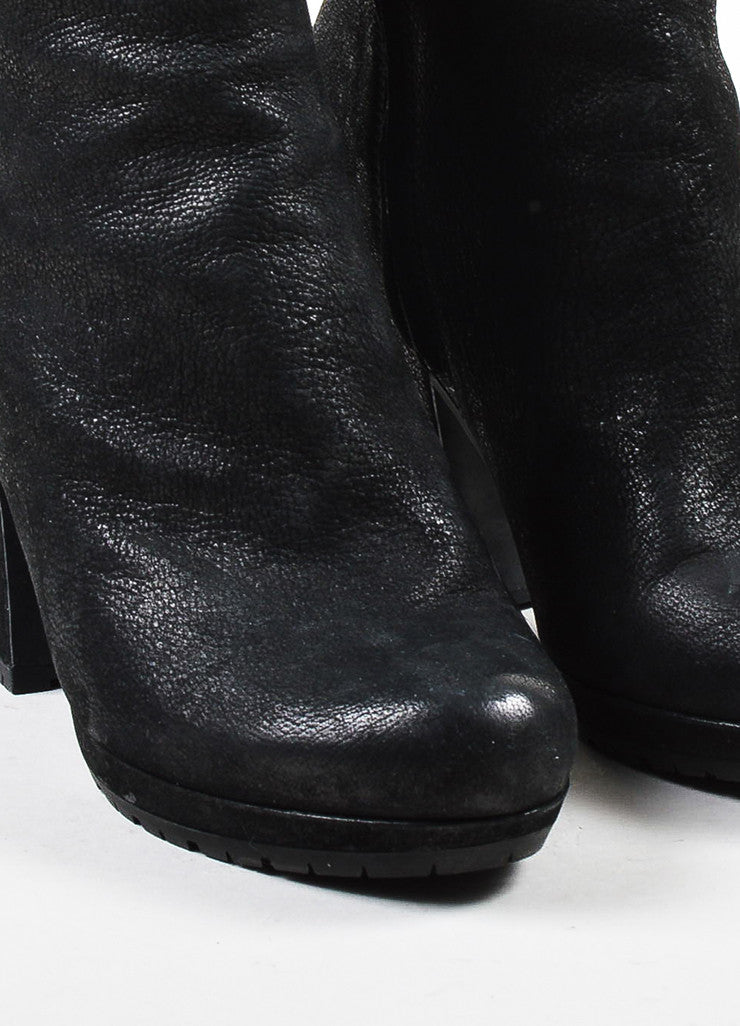 å´?ÌÜPrada Sport Black Treated Leather Block Heel Lug Sole Zip Ankle Boots Detail