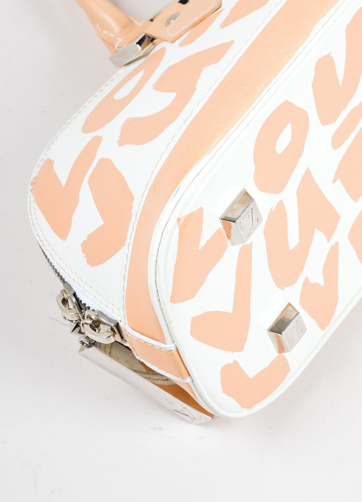 Louis Vuitton White and Tan Graffiti Horizontal Bag Detail 1